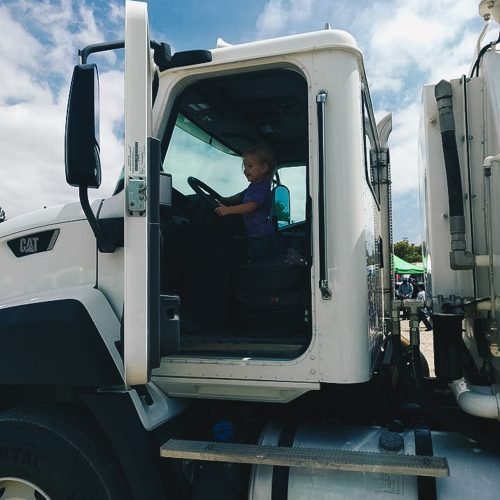 Touch-A-Truck-2017-Event-120