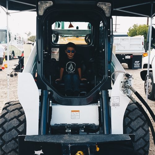 Touch-A-Truck-2017-Event-144