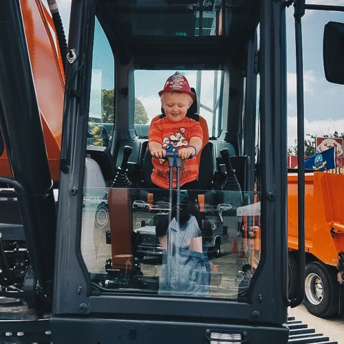 Touch-A-Truck-2017-Event-158
